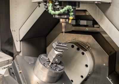 Maschine Exeron für die Elektrodenfertigung